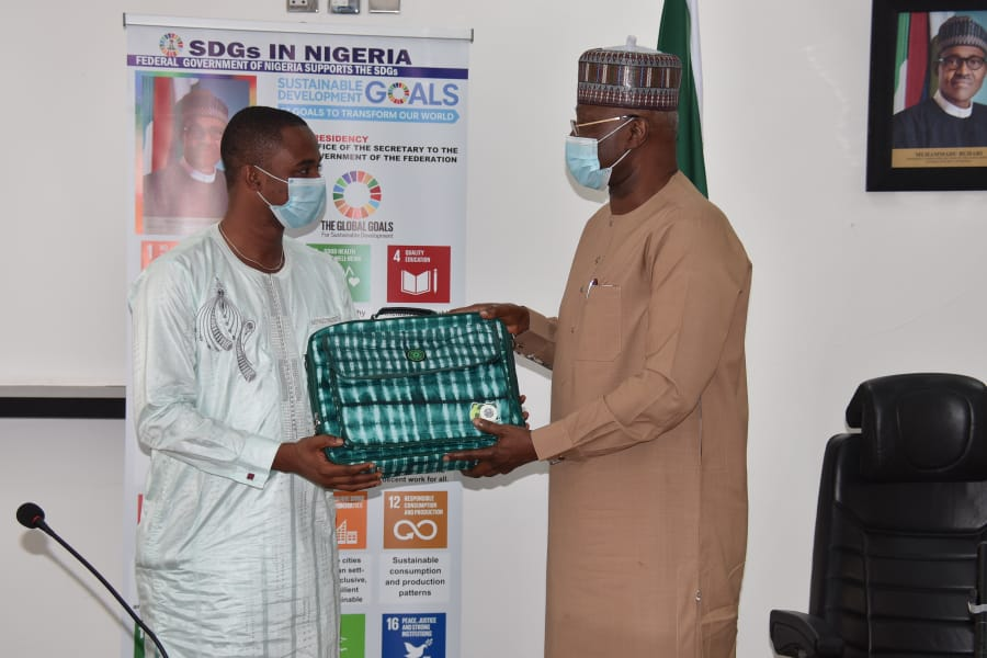 SLRSA Executive Director Hub-Nobs With Secretary to the Nigerian Federal Government
